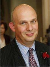 108 Medical Chambers - Mr Simon Marsh