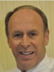 Chatswood Family Dental Care - Dr Richard Mumford