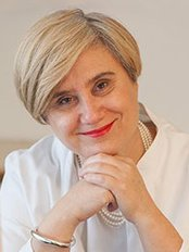 Dr. Eniko Dobozy - Dermatology Clinic in Hungary