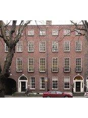 Ann Twomey MBABCP Registerd CBT Therapist - Psychology Clinic in Ireland