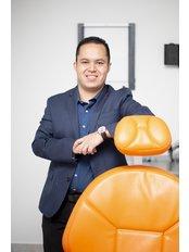 Dr. Carlos Taitó Takahashi Aguilar - Dental Clinic in Mexico