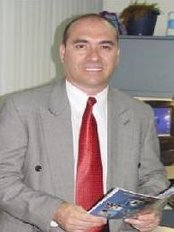 Dr. Rodrigo Araya - Plastic Surgery Clinic in Costa Rica
