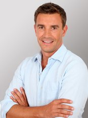 FUE Clinics Hair Transplants Manchester -  Thomas Transplant Co-ordinator