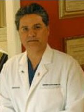 Dr. Hamid Amirsheybani - Plastic Surgery Clinic in US