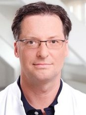 Dr Jan-Christoph Willms-Jones - Plastic Surgery Clinic in Germany