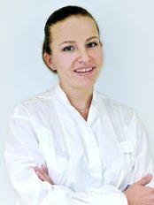 Dr. Olga Kaiser, Dr. Kurt Mayer und Kollegen - Dental Clinic in Germany