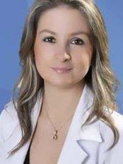 Dra. Carolina Ortiz - Plastic Surgery Clinic in Colombia