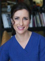 Dr Simone Matousek Plastic Surgeon - Plastic Surgery Clinic in Australia