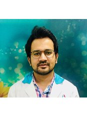 M DENTAL IMPLANT CLINIC - Dental Clinic in India