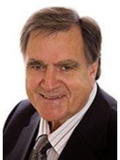 Birmingham Chiropractic Clinic - Dr James Rousseau