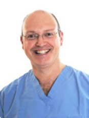 Peak Implant Clinic - Dr Nigel Rosenbaum