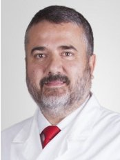 Dr Don Manuel Herrero - Plastic Surgery Clinic in Spain