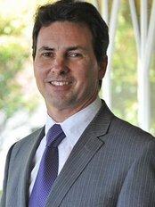 Glenn Bartlett Rhinoplasty Auckland - Plastic Surgery Clinic in New Zealand
