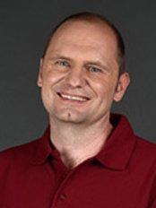 Dr. med. Jochen Kuder Dr. med. Dent. Roswitha Schiner - Dental Clinic in Germany