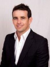Bruno Negri Clinica Dental Integral - Dental Clinic in Spain