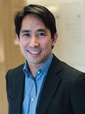 Manchester Hip and Knee Clinic - Ramsay Oaklands - Winston Kim, Specialist Hip & Knee Surgeon