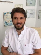 Dr. Mert Ucankale - Dental Clinic in Turkey