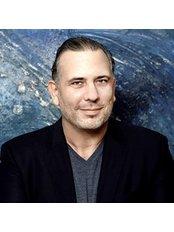 Dr. Franck Benhamou - docteur franck benhamou chirurgie esthétique