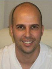 Corporacion Capilar - Madrid - Hair Loss Clinic in Spain