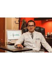 Dr. Eduardo Aguayo Macias - DR. AGUAYO