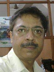 Midha Eye Centre - Dr Kapil Midha