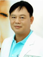 Ratchada Dental Center - Dr Niwat Payakharn