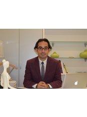 Cihan Şahin Plastik - Cihan Sahin, M.D., Associate Professor