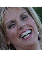 Helen Rosney - Holistic Health Clinic in Ireland