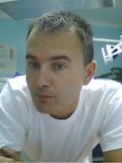MuDr. Marek Pluháček - Dental Clinic in Czech Republic