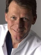Dr Erik JF Timmenga - Plastic Surgery Clinic in Netherlands