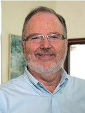 Rockingham Dental Centre - Dr Russell Gordon