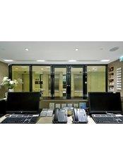 FACE IT Rejuvenation Solutions - FACE IT - Causeway Bay