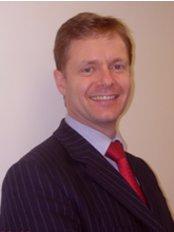 Philip Turton - Nuffield Hospital - Dr Philip Turton