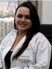 Dra. Vanessa Giraldo - Dermatology Clinic in Colombia