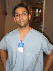 Dr Hardik Patel: Knightsbridge - Dr Hardik Patel