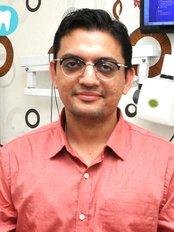 Dhawan Dental Care -International Center - Dental Clinic in India