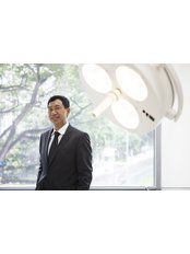 NeuGlow Somerset - Dr Gerard Tan