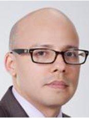 Dr. David Miranda Araque - Clinica El Rosario Sede El Tesoro - Plastic Surgery Clinic in Colombia