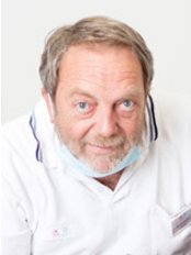 Mondzorg Clinics - Dental Clinic in Netherlands