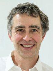 Dr Daniel Schadenbock - Dental Clinic in Austria