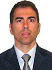 Dr. Emilian Ghinelli Eye Studio in Rome - Eye Clinic in Italy