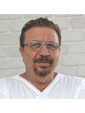 Attelia Zahn- und Mundgesundheitszentrum - Zahnarztpraxis in der Türkei