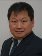 Lee Dental Care - Dr Lloyd Lee Cheong