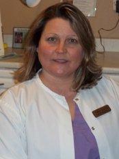 Absolute Dental Hygiene Care (Tracy Coyne) - Dental Clinic in Canada
