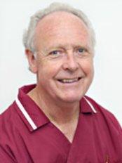 Practice for Aesthetic Dentistry  Dr. of Chlingensperg - Dental Clinic in Germany