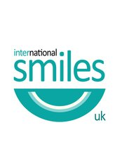 International Smiles - Burntisland - Logo