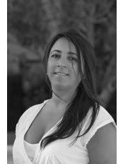 Dra. Flavia Miranda - Dental Clinic in Spain