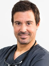 Advance Clínica Dental - Palm - Dental Clinic in Spain