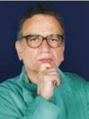 Chirurgia Estetica Milano  Dr. Giovanni Ponzielli - Plastic Surgery Clinic in Italy