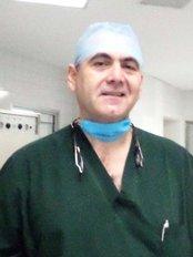 Dr Esteban Ramírez - Dental Clinic in Mexico